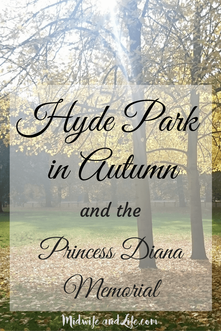 Take a stroll with me around London's world renowned Hyde park, and paddle in the Princess Diana Memorial fountain.