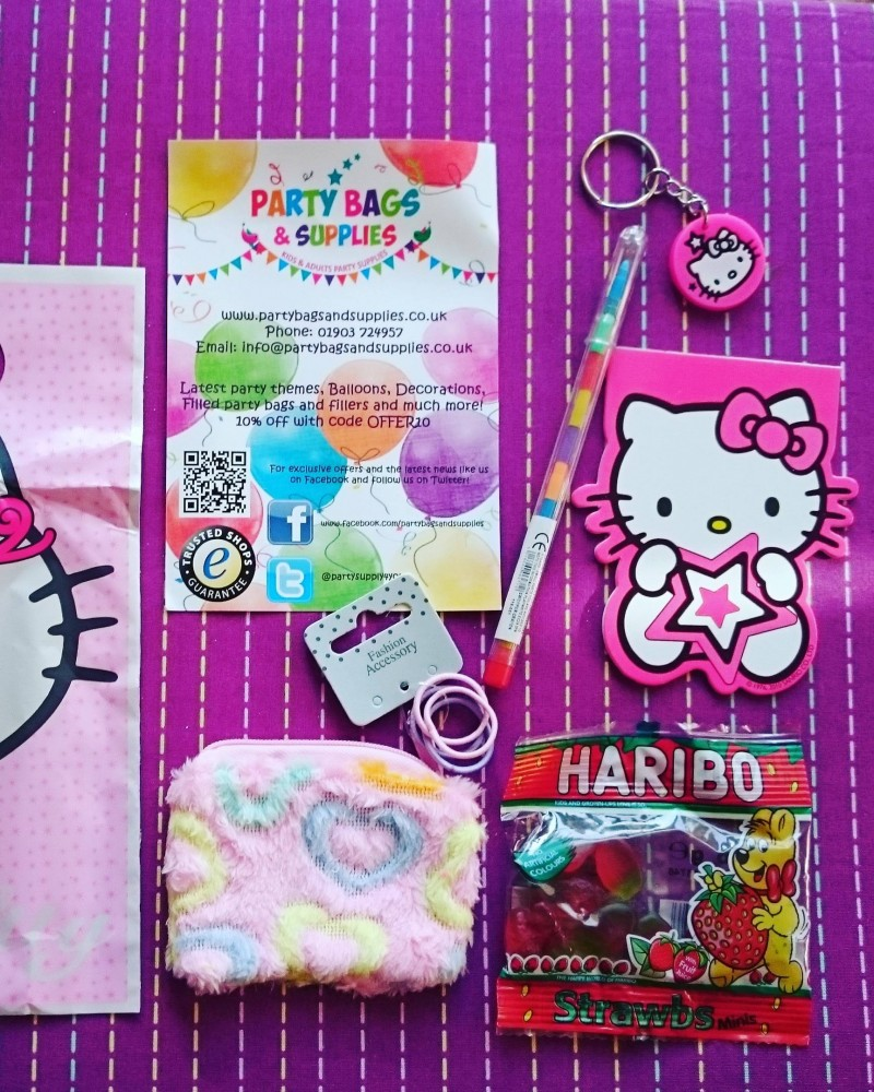 hello kitty-party-bags-pre-filled