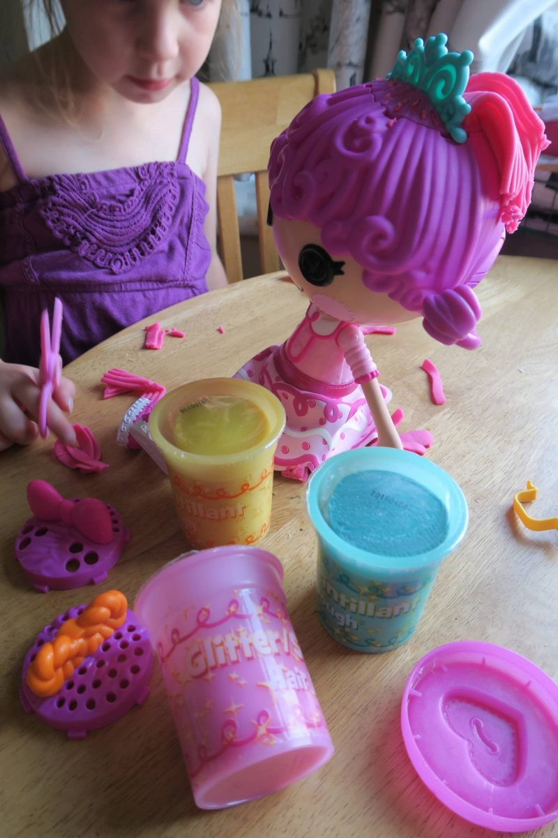 Read our thoughts on the lalaloopsy glitter hair dough doll and play dough set.