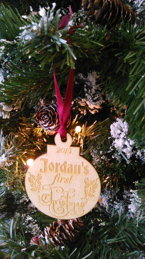 baby-first-christmas-wooden-decoration