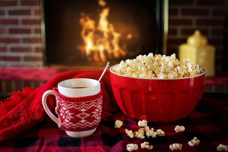 Popcorn-movie-night-valentines-films-sci-fi-fantasy