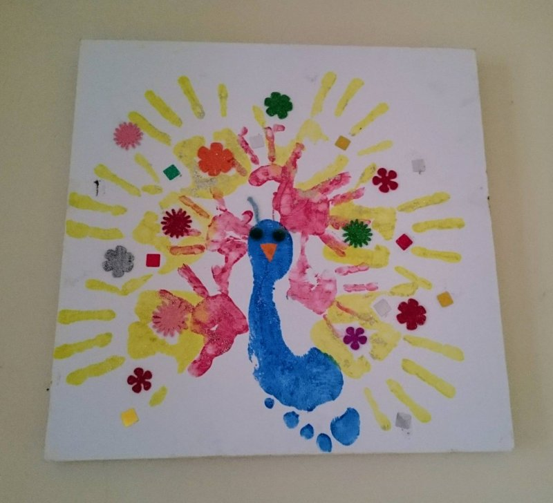 hand-foot-print-peacock-art