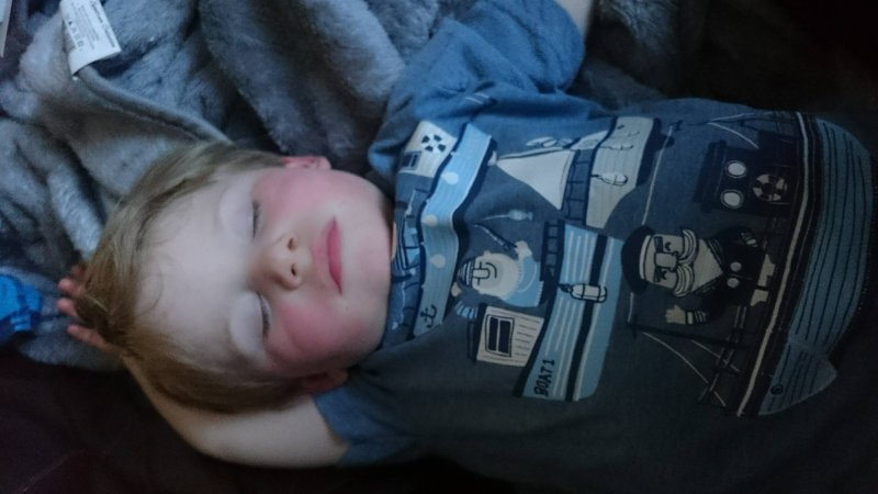 breastfeeding-tips-night-weaning
