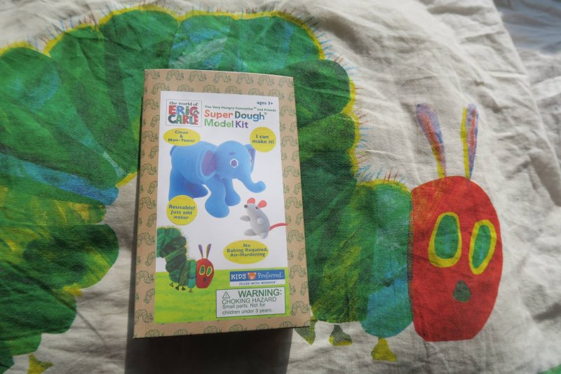 very-hungry-caterpillar-craft-book-review