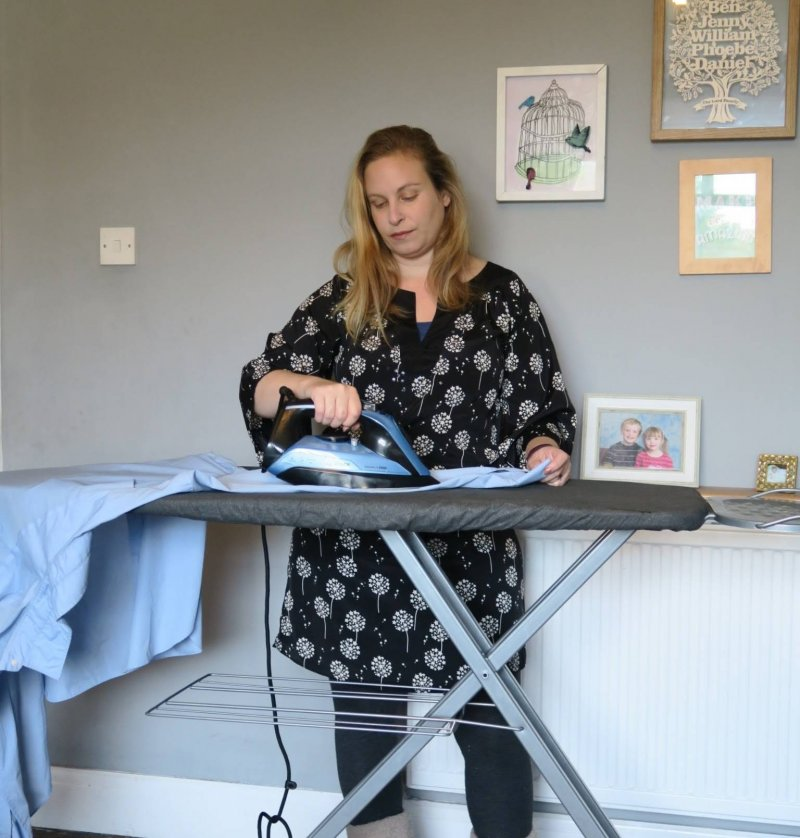 bosch-steam-iron-euronics-review-ironing-hacks-midwifeandlife.com
