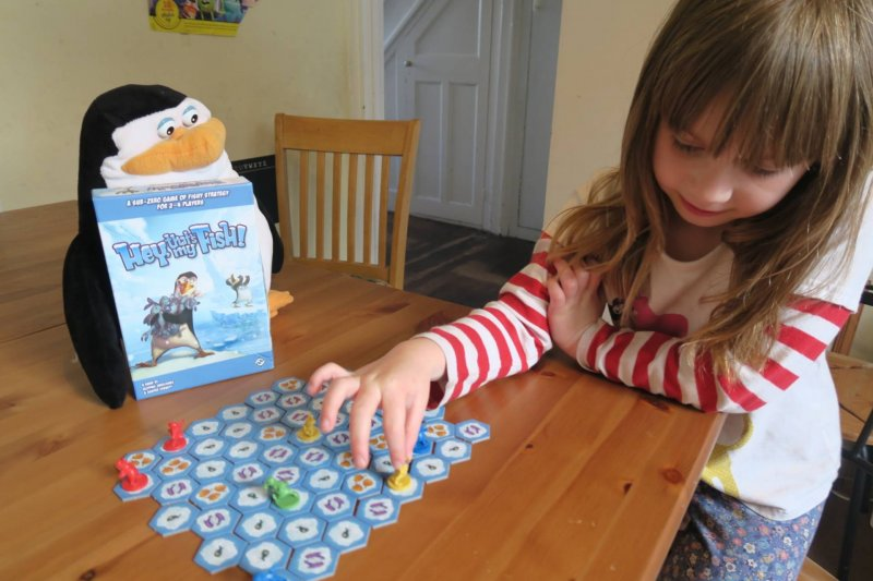 hey-thats-my-fish-board-game-review-midwifeandlife.com