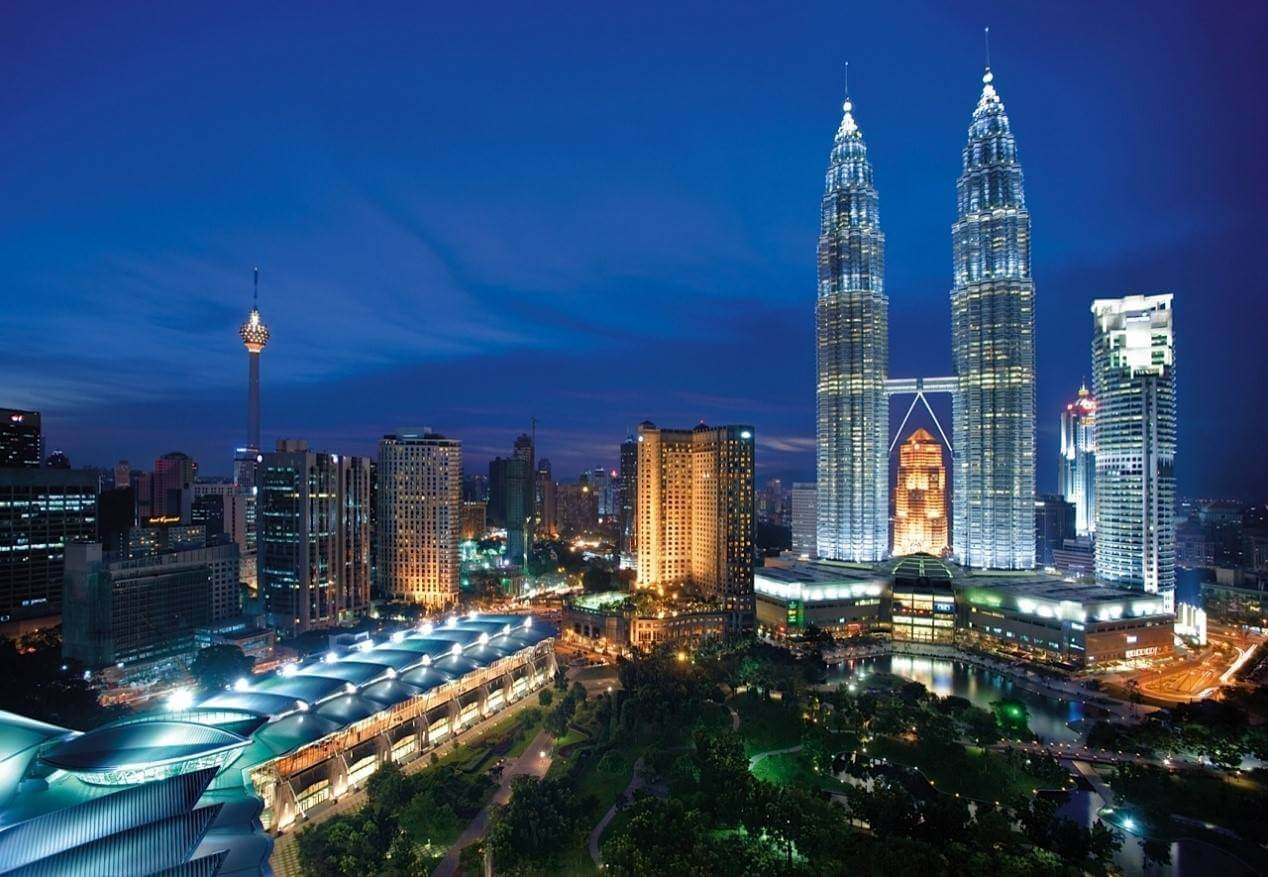 Why So Many Families Are Travelling To Malaysia This Year
