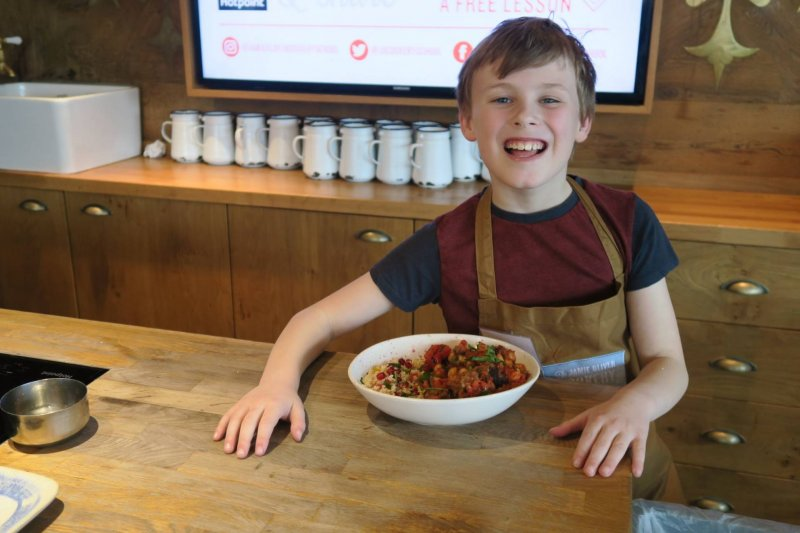 hotpoint-win-kids-healthy-cooking-cookery-school-jamie-oliver
