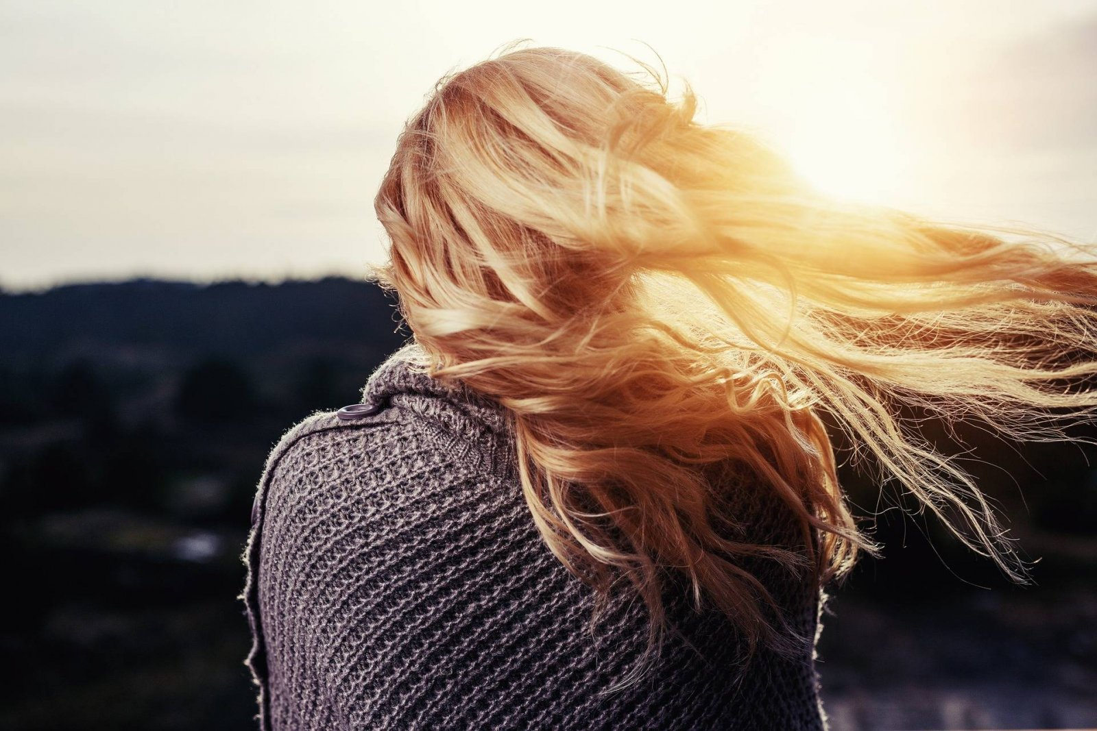 The Problems With A Flaky Scalp & How To Fix It