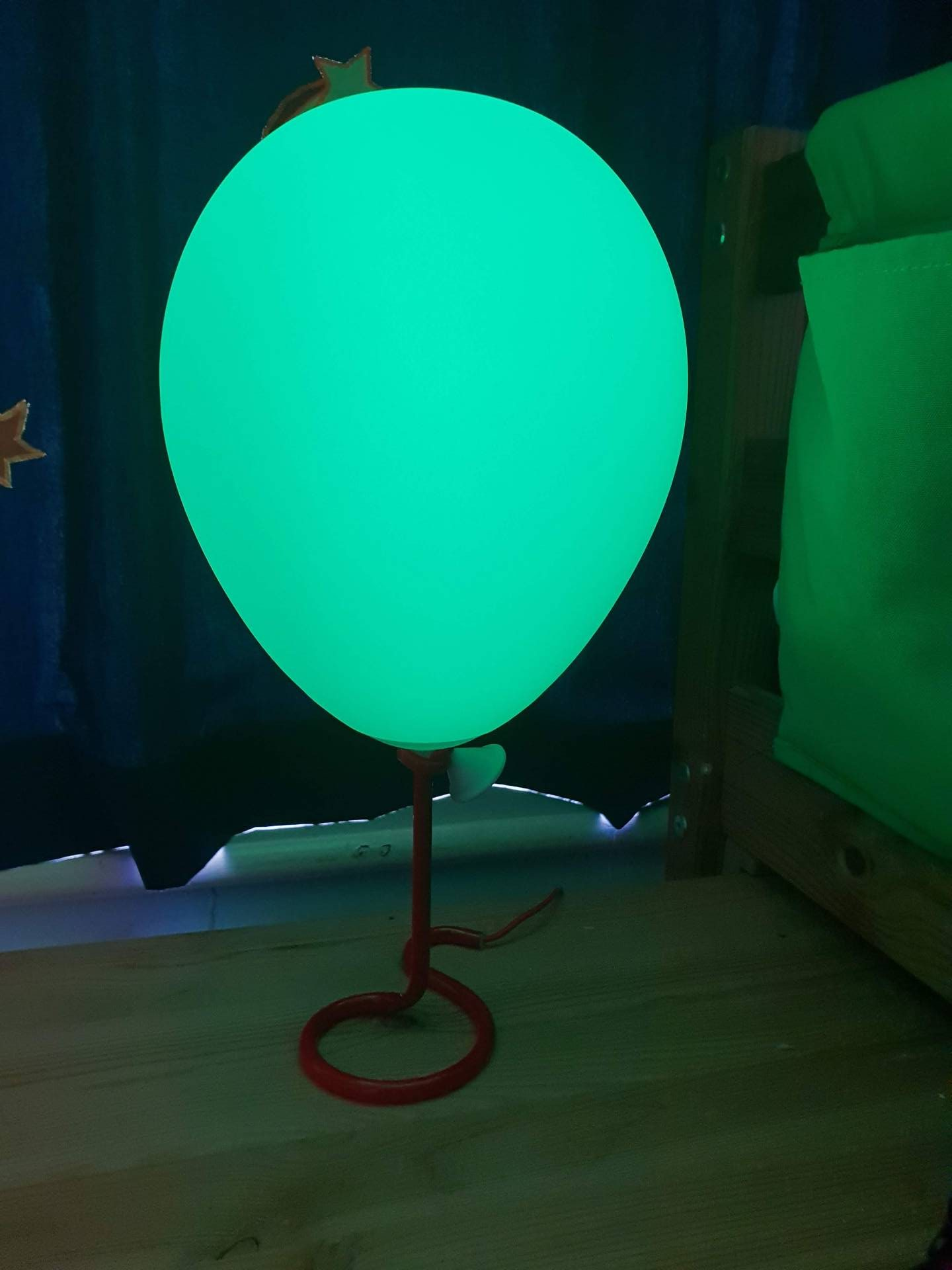 balloon-colour-changing-light