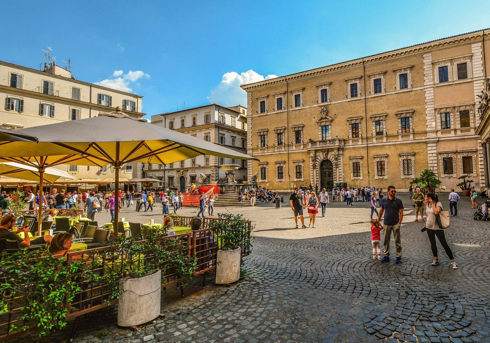 3 Awesome Travel Destinations to Take the Family in Europe